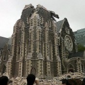 突然,基督城跨了 – Christchurch Earthquake